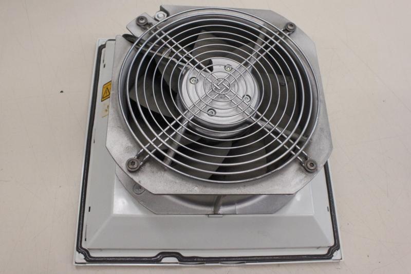 unused//OVP Rittal SK 3326107 SK3326107 230V 64//80W Filterluefter